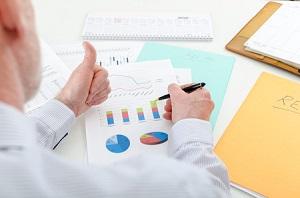 ブレインパッドは高値更新の展開、18年6月期増額修正して大幅増益予想