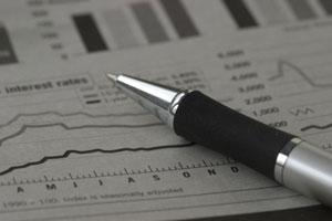 三菱マが反落、三菱UFJモルガン証が目標株価310円に下方修正