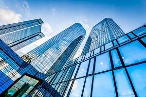 リクルートHDは急反落、大株主による株式売出し発表で需給悪化懸念