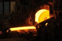 中国の過剰な鉄鋼生産、違法な粗悪鉄鋼「地条鋼」の全廃の行方に注目=大和総研