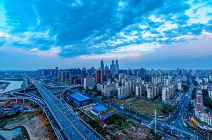 中国の住宅価格下落リスクが後退、GDP成長率予想を6.5%に上方修正=大和総研