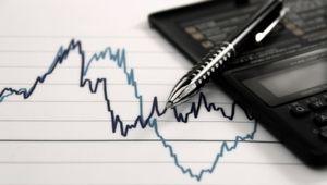 綿半ホールディングスは自律調整一巡して上値試す、17年3月期増収増益予想