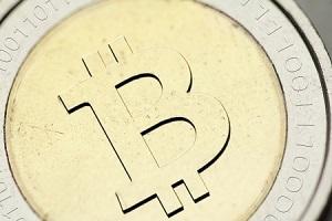 仮想通貨関連株が急伸、ビットコイン価格上昇で注目高まる
