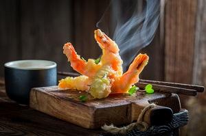 サクッとして全然油っこくない日本の高級天ぷら・・・どうやったらこんなものが作れるのか