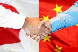 コロナで冷え込む日本経済にとって大切なのは、米国か中国か