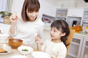 中国人が日本で箸を使うと、恥ずかしい思いをするかもしれない=中国メディア
