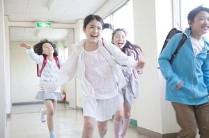 日本の小学生の授業の少なさに驚き「とても気楽で、羨ましすぎる」=中国