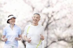 日本のお年寄りは、どうしてこんなに若々しくて元気な人が多いの?=中国メディア