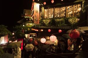 日本人が1年かけて作った「千と千尋の神隠し」の「油屋」、まさに匠の精神の塊だった!=中国メディア