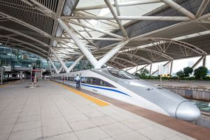 中国の高速鉄道にかける熱意は尋常じゃない! 鉄道産業で新たな「世界初」=中国報道