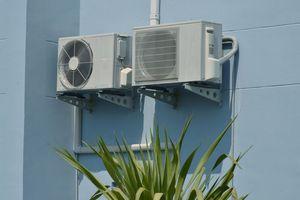 日本の家屋は「なぜ外壁にエアコン室外機を取り付けない」のか=中国