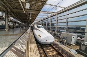 中国高速鉄道と違って、新幹線のノーズは「なぜあんなに長いのか」=中国メディア