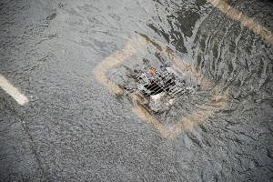 わが国と違って「日本の街はなぜ大雨が降っても冠水しないのか」=中国メディア
