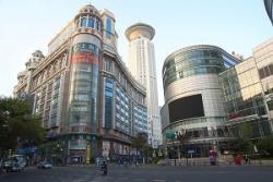 上海の高島屋が閉店、中国法人解散へ 中国専門家「ブランドだけで物を売る時代は終わった」
