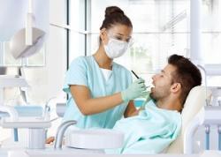 中国の歯科医「日本人だったから麻酔を少なくしてやった」、物議醸す=中国