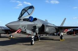 中国の殲20はF35にそっくり? 米政府関係者の発言に反論=中国メディア