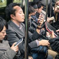 消えぬガラケー、売れぬ国産、奇妙なキャリア縛り・・・魔訶不思議な日本の携帯電話市場=中国メディア