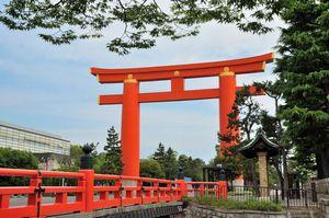 日本にある珍しい鳥居の神社、「一度は行ってみるべきだ」=中国メディア