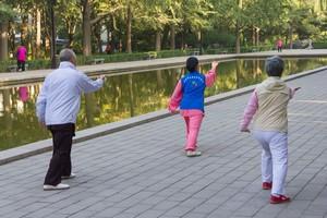 高齢でも働き続ける日本人、「我々は同じ働き方ができるだろうか」=中国