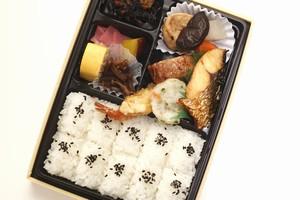 日本人が会社や学校に持参した弁当を温めない、意外な理由=中国メディア