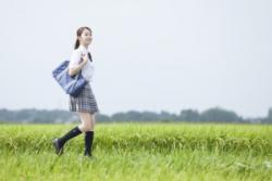 冬に生足でスカートを穿く日本の女子高生、中国人「あり得ない」=中国報道