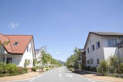 こ、これでは・・・日本の家を囲う塀が低いことに驚く中国人