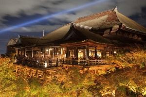 日本の観光地で驚き「ここは中国かと思うほど、中国人ばかりだった」=中国メディア