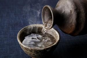 中国人から見た日本の「酒文化」、複雑すぎて「病的」だ=中国メディア