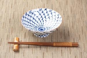 日中韓は共に「箸」を使う国、だが同じ箸でも形状や作法が違って興味深い=中国メディア
