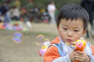 日本の親は、我が国のように「家や車を子に買い与えることはしない」らしい=中国
