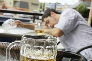 中国人が日本で驚く光景「酔い潰れた日本人が路上で寝ている姿」=中国メディア