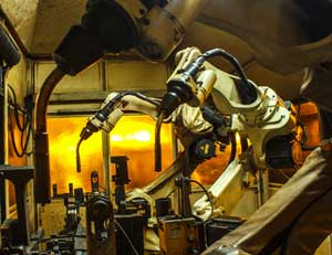 ロボット産業における日本の技術的優位は「まもなく失われる」=中国