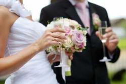 結婚に尻込みするようになってしまった日本人=中国報道
