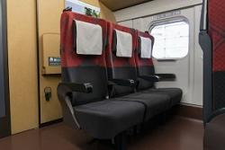 日本の新幹線には驚きの仕組みがあった・・・なんと座席が取り外せた!=中国メディア