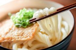 中国人も麺料理はすすって食べないのに、日本人はなぜ音を立ててすするのか=中国メディア