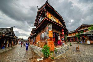 過度の商業化に走り、原風景を破壊する中国の文化遺産 日本の「白川郷」を見習え! =中国メディア