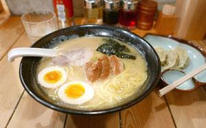 日本人はなぜラーメンとライスをセットで食べるのか「炭水化物と炭水化物じゃん」=中国