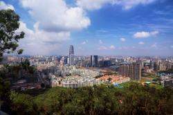 かつて中国の「性都」で合同就職説明会、求人倍率は1.4倍