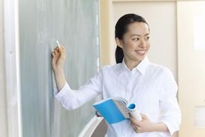 一体なぜ? 日本で「教師に感謝する日」がない理由とは=中国メディア