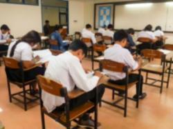 日本のセンター試験、なぜ会場には「保護者が詰めかけないの?」=中国メディア