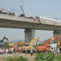 安全なのか? あの衝撃的な事故から6年、中国高速鉄道が再び最高時速350キロに・・・中国メディア