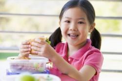 日本の学校給食を見て「わが教育には進歩の余地があると実感」=中国報道