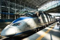 奇跡だ・・・韓国の高速鉄道「KTX」、乗客が窓を叩き割って飛び降りるも命に別状なし=中国メディア