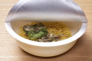 日本で売られているカップ麺のパッケージから、日本人の細やかさや思いやりがひしひしと伝わってきた=中国メディア