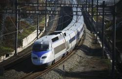 韓国の高速鉄道「KTX」が脱線事故、中国ネット「死者が出なかったなら幸運だった」=中国