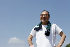日本で高齢者が働く姿を見て、「悟りが開けた!」=中国メディア