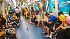 地下鉄車内の飲食 中国人だけが罰せられ外国人は罰せられなかった?=中国メディア