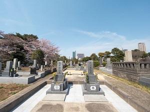 日本では墓地が身近に「墓地を拒絶しない日本人は中国人と違う」=中国メディア