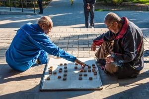 心身ともに自立し、生き生きと働く日本の高齢者は「幸せなのかもしれない」=中国