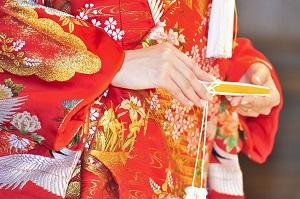 日本人女性はなぜ膝をつくのか・・・「日本人女性が淑やか」に映る理由=中国